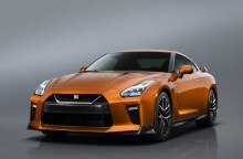 2017 Nissan GT-R Facelift- 2016 NY Auto Show-7