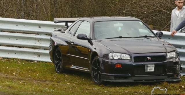 R34 V-Spec Nissan GT-R Crash at Nurburgring