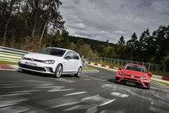 VW Golf GTI Clubsport S- FWD Nurburgring Record-3