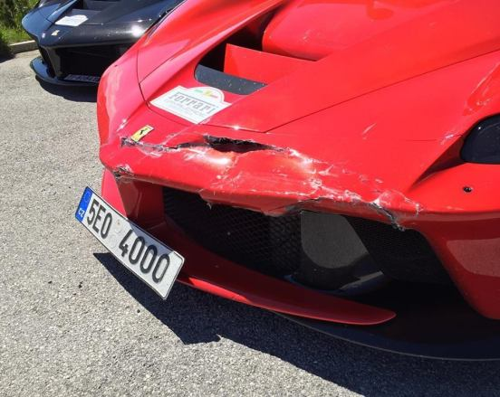 LaFerrari Crash-Ferrari Cavalcade 2016-1