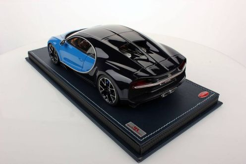Bugatti Chiron scale model-MR Collector Models-2