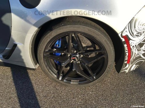 2018-corvette-zr1-convertible-spy-shots-1