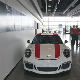 salomondrins-porsche-911-r-arrives-in-los-angeles-1
