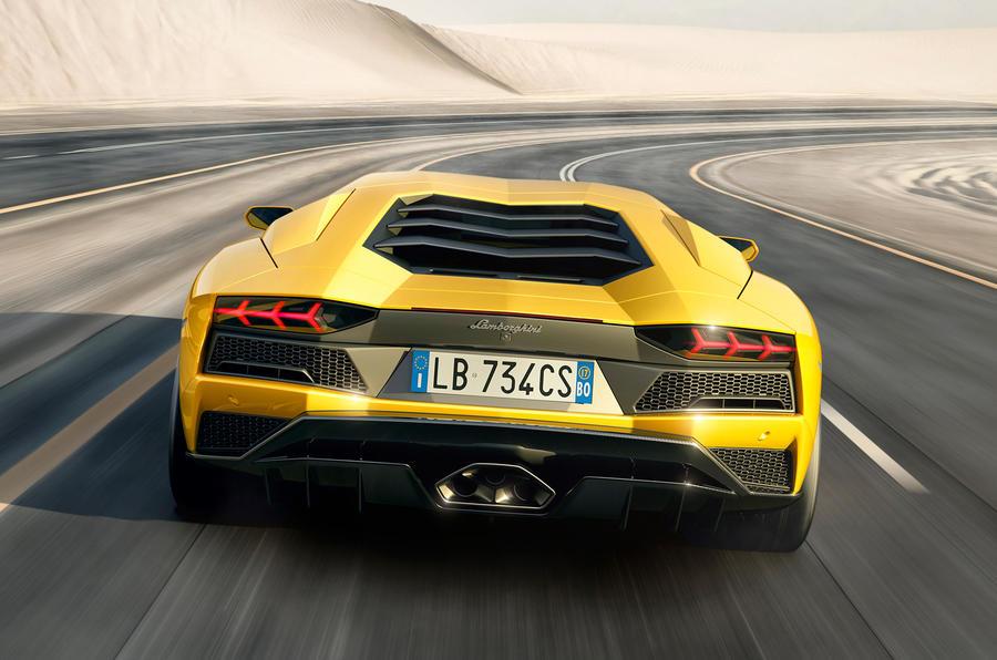 2018 Lamborghini Aventador S-launch-6
