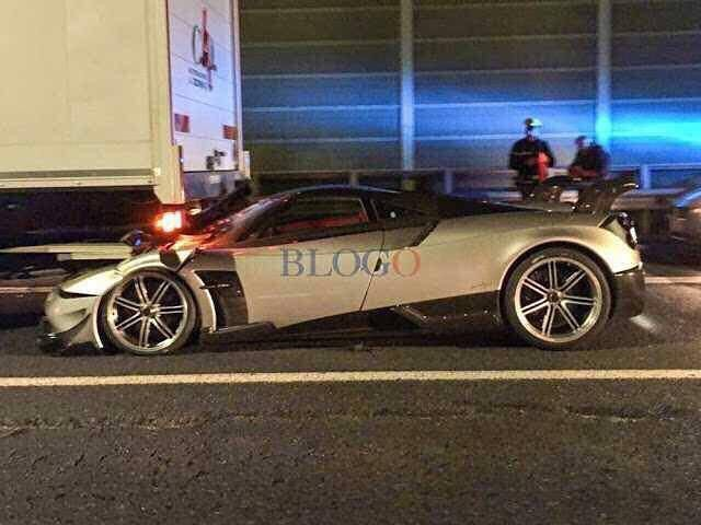 Pagani Huayra BC Crashes in Rome