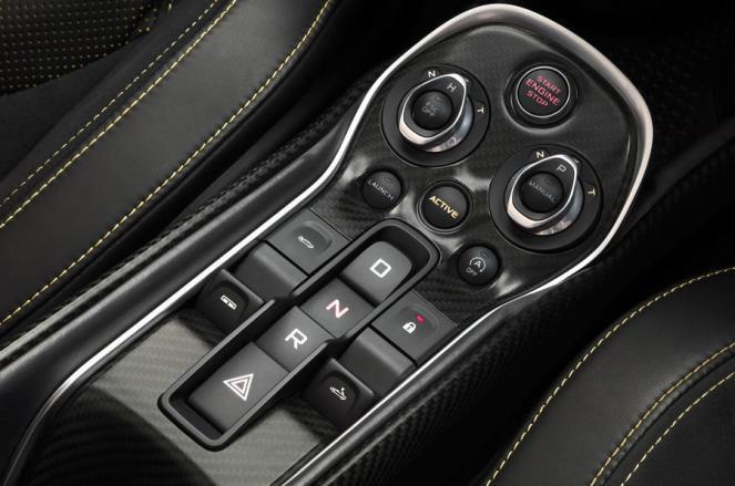 McLaren 570S Spider-launch-7