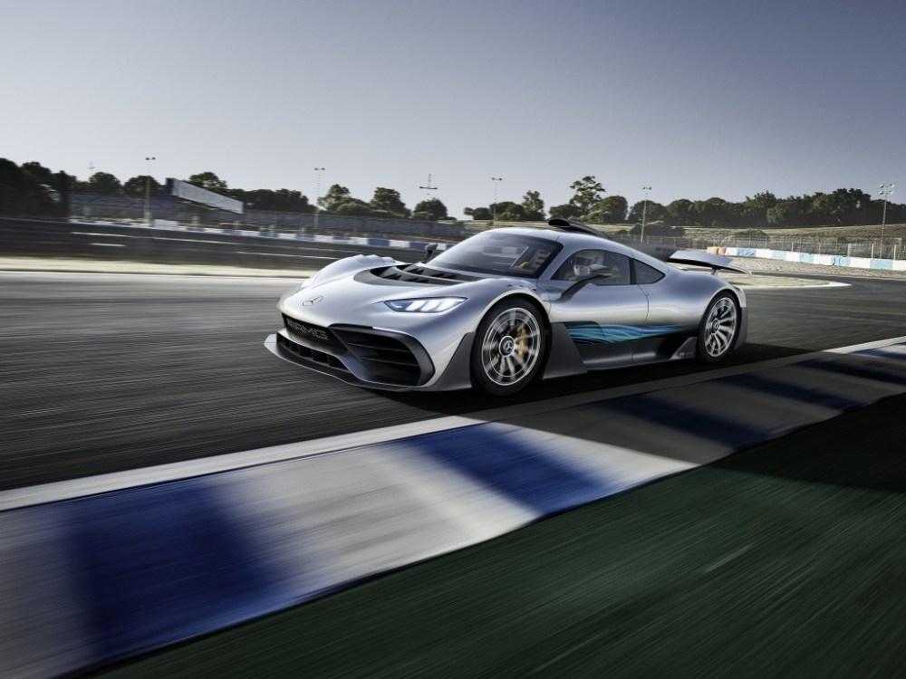 Mercedes-AMG-Project-One-Frankfurt-2017-12
