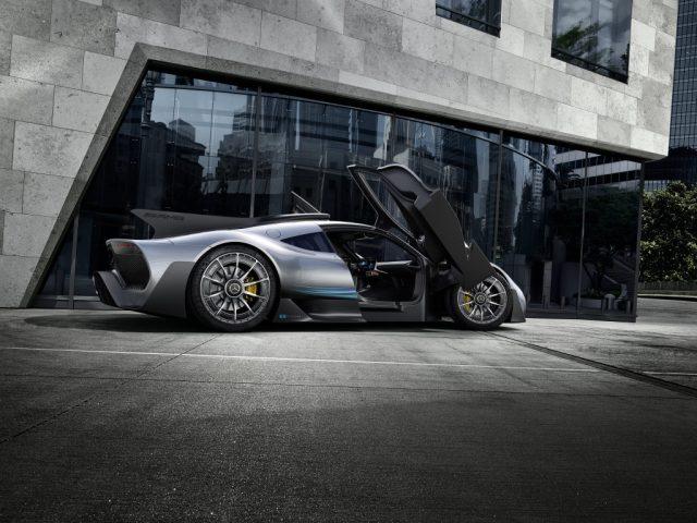 Mercedes-AMG-Project-One-Frankfurt-2017-7