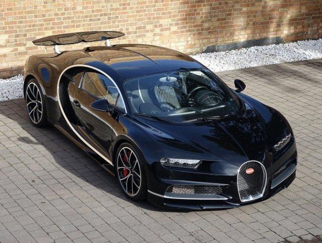 Used Bugatti Chiron for sale-Romans International-UK-1