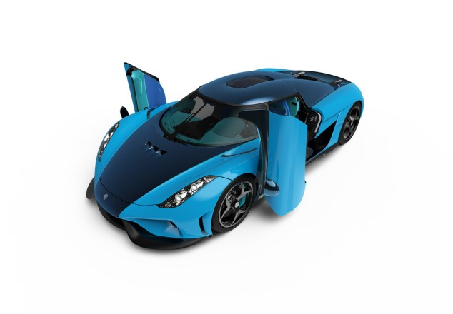 Koenigsegg-Regera-Swedish-blue-2
