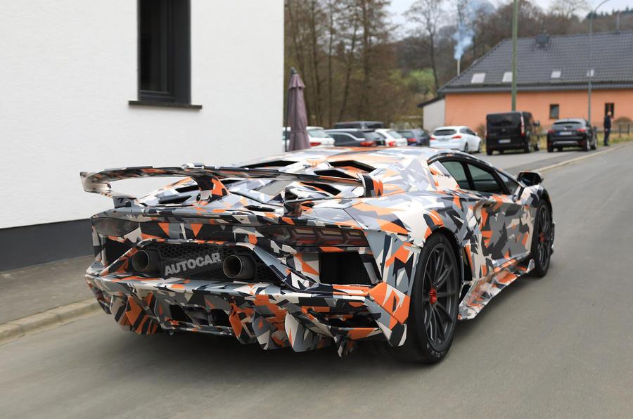 Lamborghini Aventador SVJ-spy-shots-test-mule-2