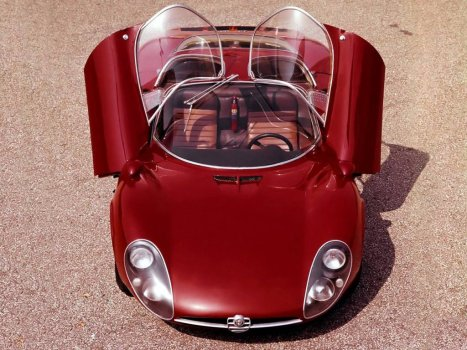 1967 Alfa Romeo Tipo 33 Stradale-4