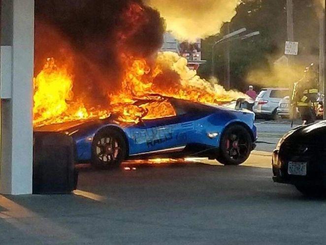 Lamborghini Huracan Performante-Gold Rush Rally-fire-1