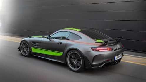 Mercedes-AMG-GTR-Pro-05