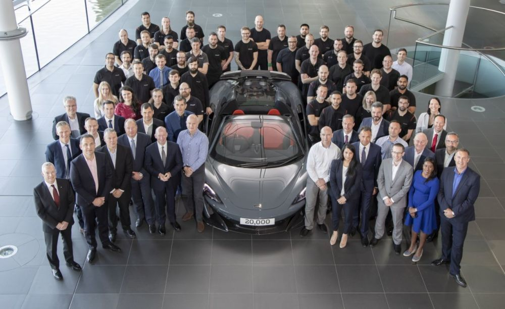 McLaren 600LT Spider-20000th car-2