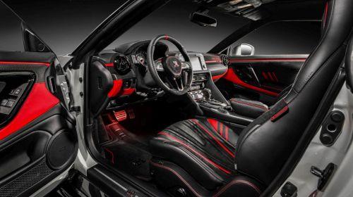 Nissan GT-R Godzilla-Carlex Design-3