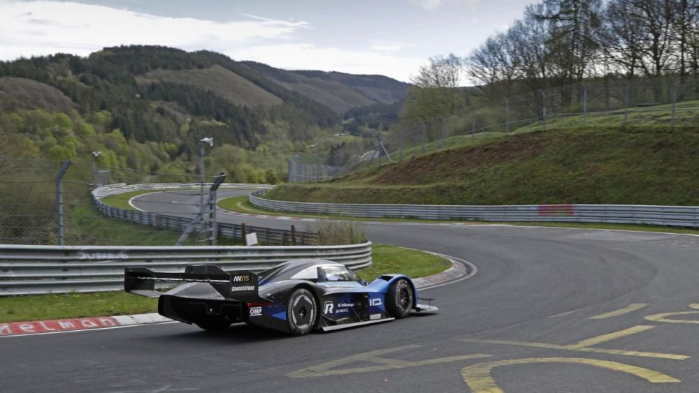 Volkswagen ID. R electric race car-Nurburgring EV lap record-1