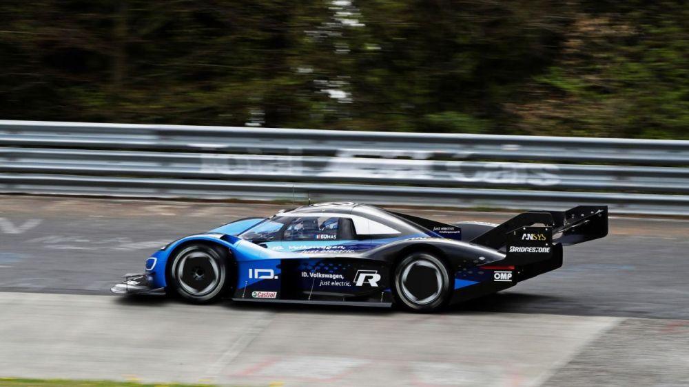 Volkswagen ID. R electric race car-Nurburgring EV lap record-2