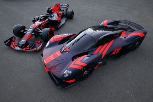 Aston Martin Valkyrie-Silverstone-3