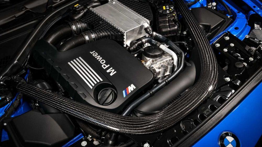 2020 BMW M2 CS-LA Auto Show-5