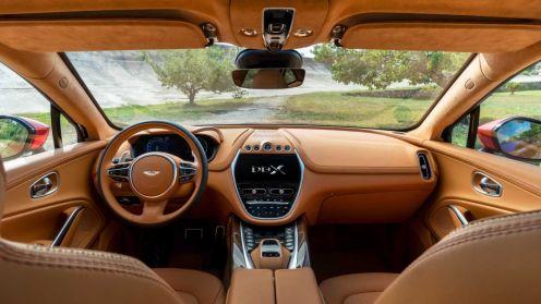 Aston Martin DBX SUV-5