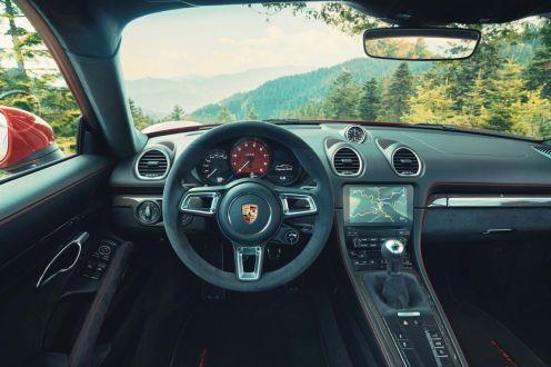 Porsche 718 Cayman GTS 4.0-2