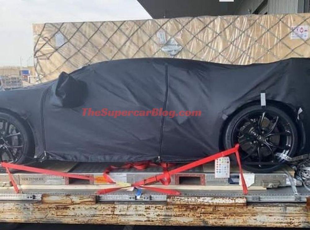 Bugatti Chiron R-2020 Geneva Motor Show-spy-shots-2
