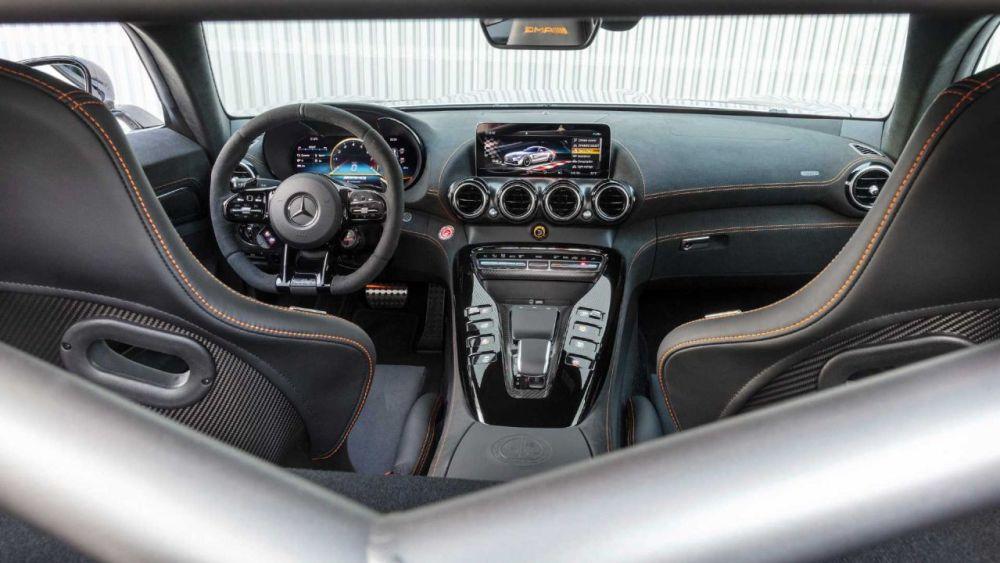 Mercedes-AMG GT Black Series-4