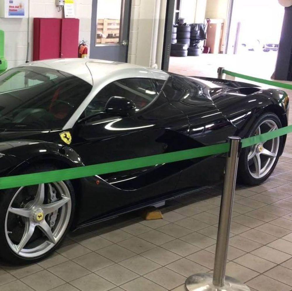 Ferrari LaFerrari-Black-Silver-Dual-tone-rare-4