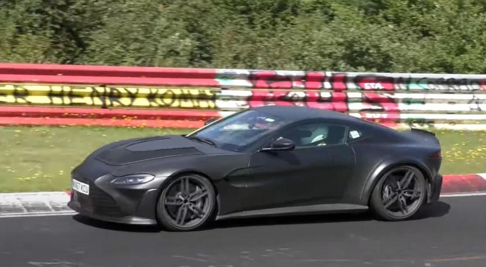 Aston Martin Vantage V12 RS-Nurburgring-2