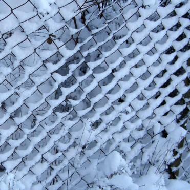 Chainlink snow pattern