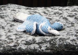 Glove with blue grip, Odinsgatan, Gothenburg, Sweden 23 Feb '11 08.55