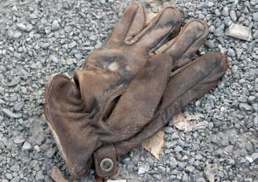 Leather glove, Vågmästaregatan, Gothenburg, Sweden 9 Mar '11