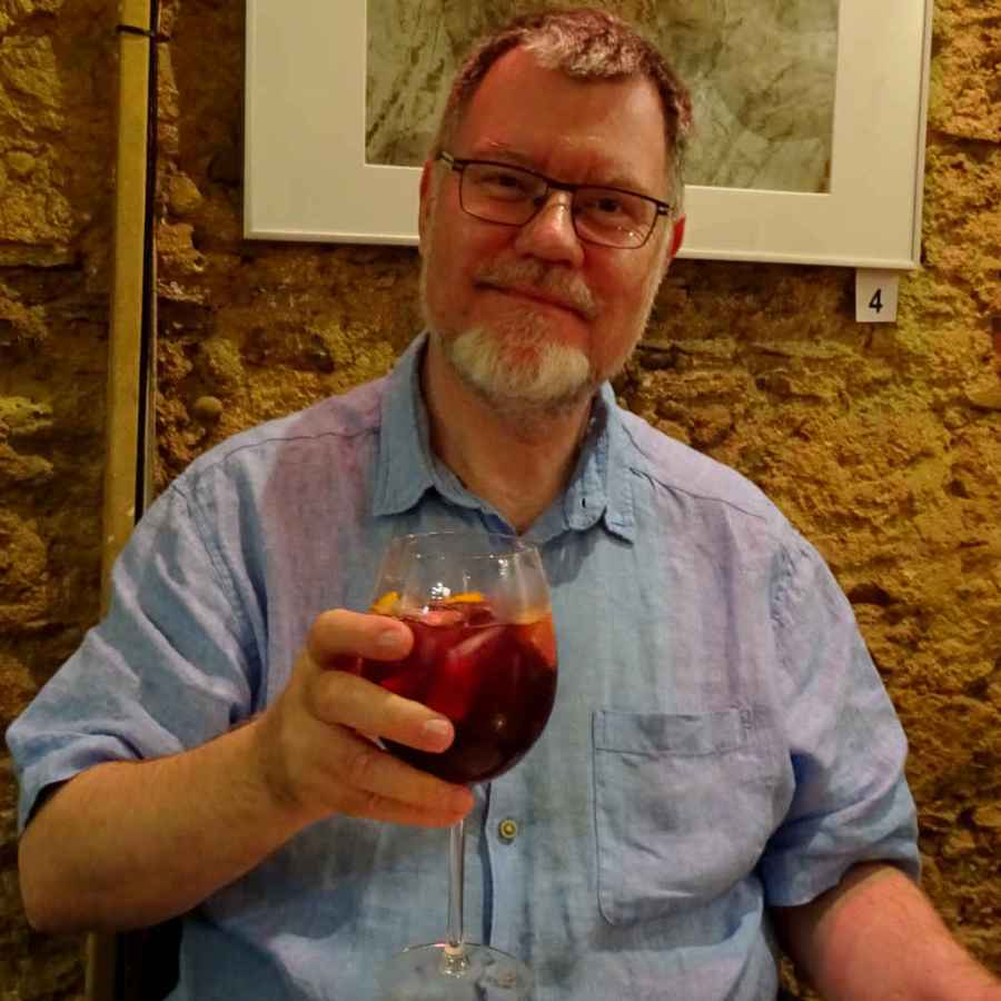 Monday - John, sangria and Fado