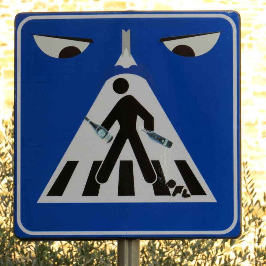 Graffiti Florence - Angry crossing