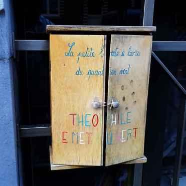 30 Private book box in Ixelles 1