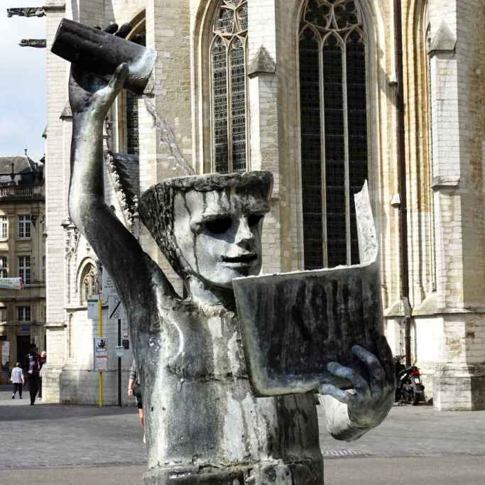Brief return: Pour on knowledge fountain at Leuven