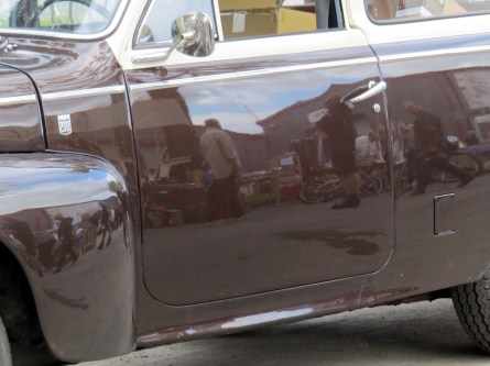 Ringö - old car reflections
