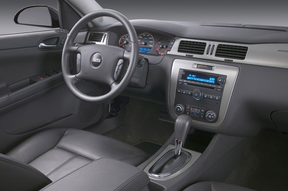 2006 Chevy Impala Interior