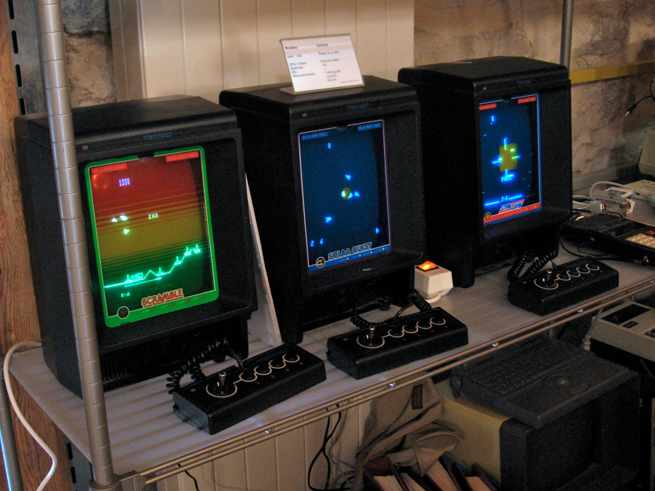 Vectrex_machines (1)