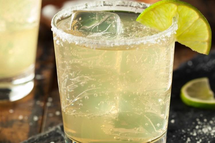 A Healthy Margarita:  Agave Lime Margarita