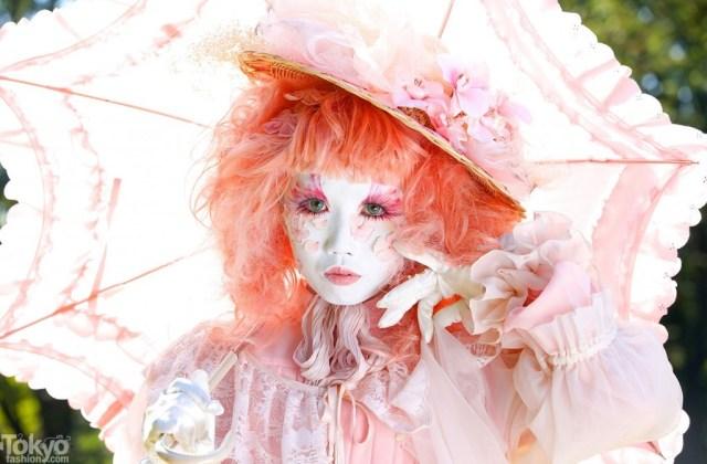 Minori is één van Tokyo's bekendste Shironuri Modellen. Foto via TokyoFashion.