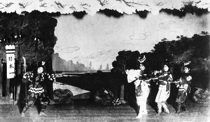 Donburako-Takarazuka1914-firstperformance-