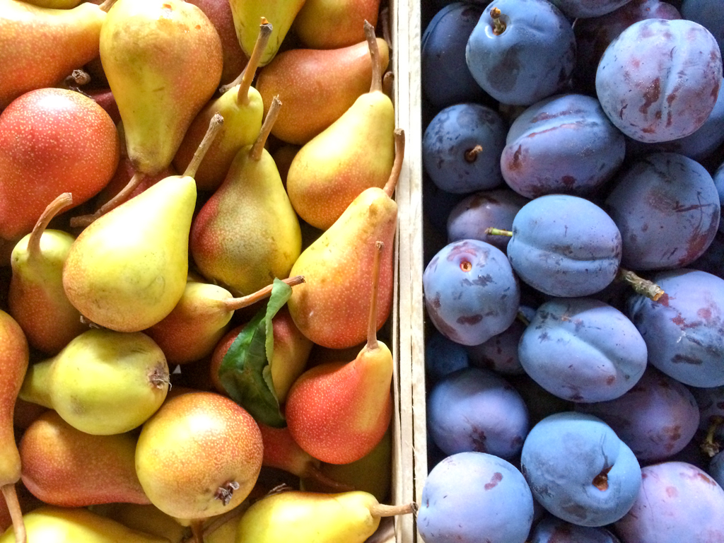 Fresh fruit at Ulcinj's farmer's market
