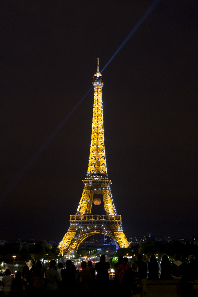 What to do in Paris in four days. See the Eiffel Tower seen from Trocadero.