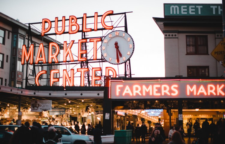 How to spend two days in Seattle: Visit the famous Pike Place Market