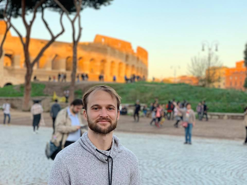 Digital nomad interview with travel blogger James, the Portugalist