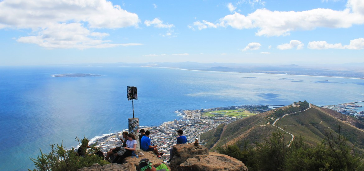 things to do in cape town hike lions head wallys cave