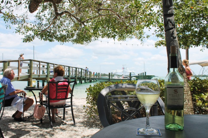 mar-vista-places-to-eat-longboat-key-anna-maria-island-bradeton-beach-bar-florida11