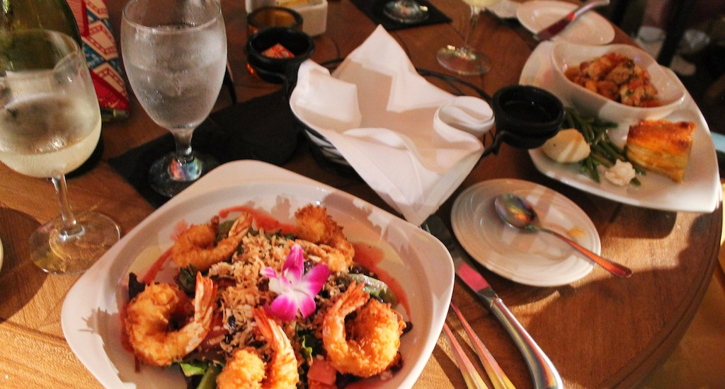 lazy-lobster-places-to-eat-longboat-key-anna-maria-island-bradeton-beach-bar-florida6